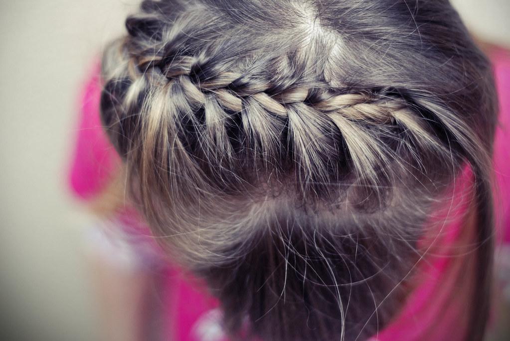 Penteado feminino de trança